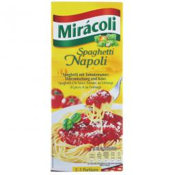 Чудес спагетти с томатным соусом
